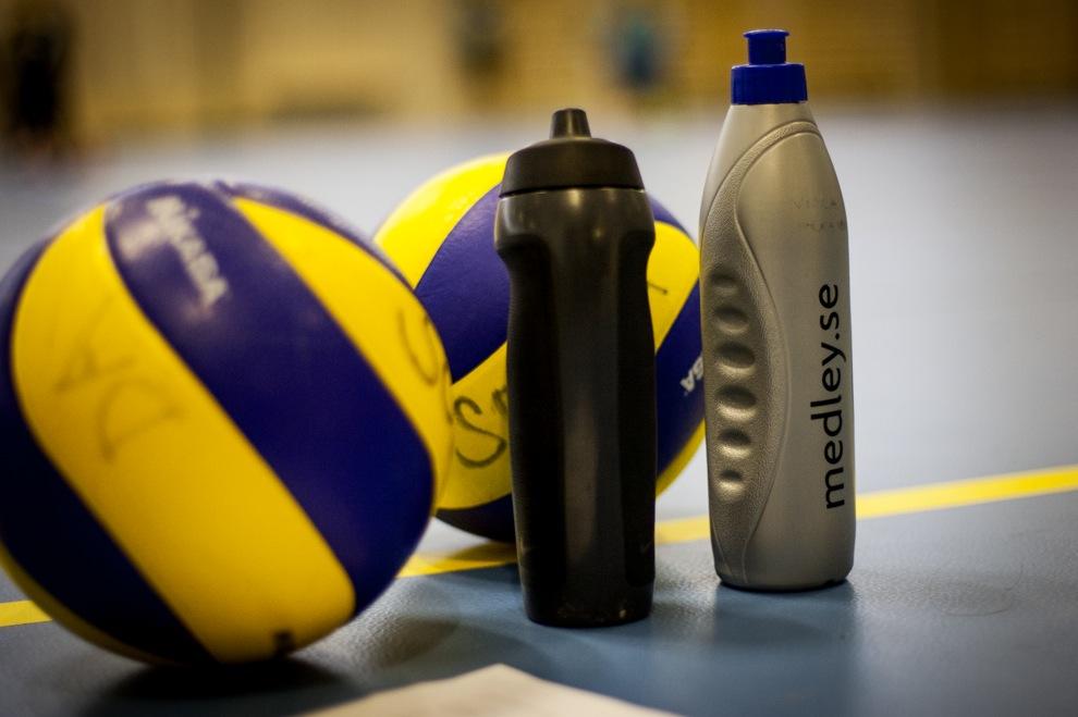 Solnas volleybollag har rullande schema och funktionerar på varandras matcher